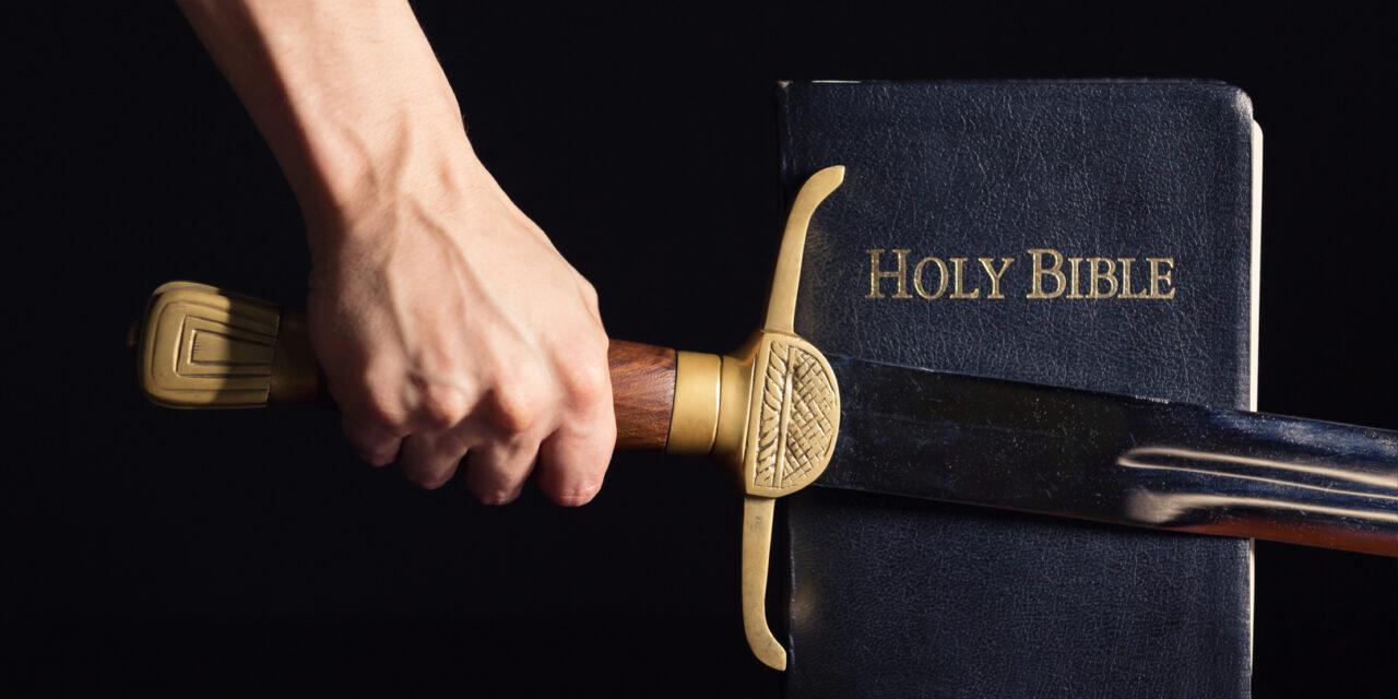 Deus luta para vencer